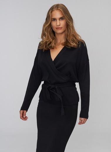 People By Fabrika Sim Detaylı Bluz Siyah